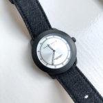 【ペリーエリス】ジーンズがカジュアルすぎるデニムな腕時計